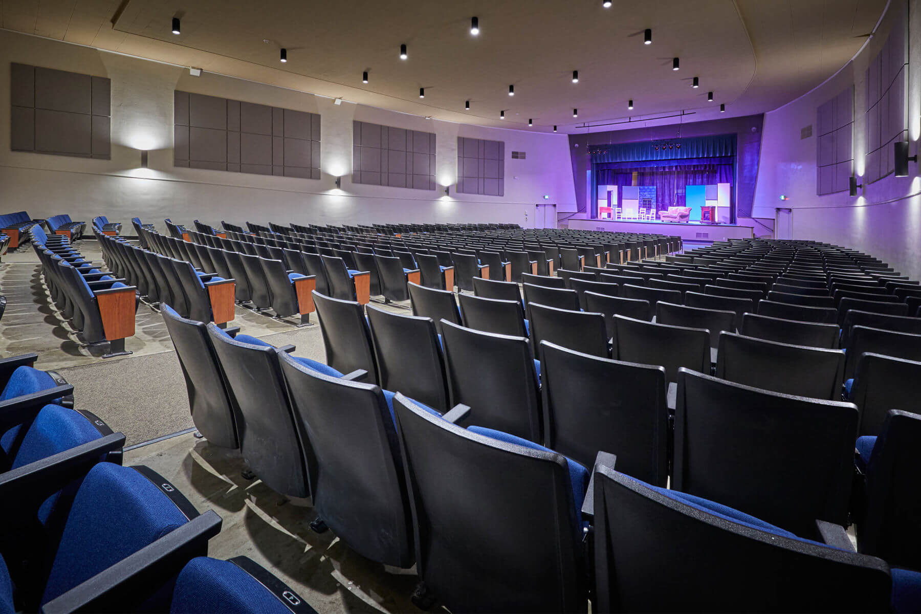 Sweet Home High School Auditorium - Sweet Home, OR | <em>Architecture, Structural Engineering</em>